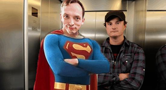 SuperDaren in Elevator